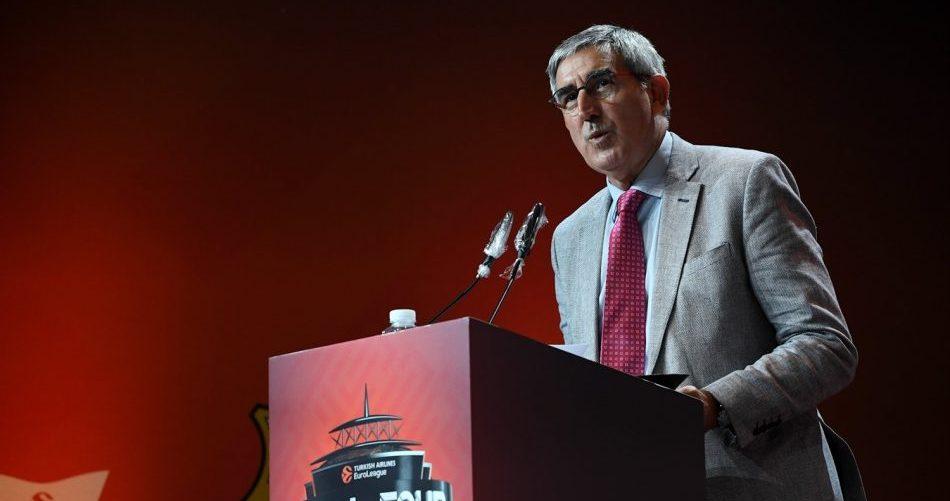 Jordi Bartomeru na novinarski konferenci