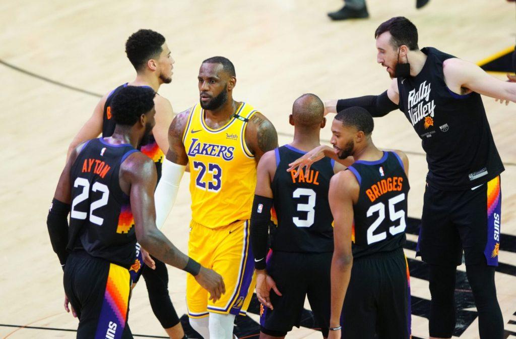Lakersi v hudih težavah