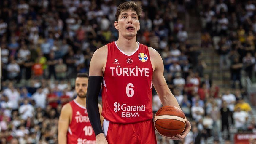 Turčija z močnim pridihom lige NBA